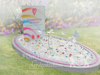Kindermonument met glasparels en glasprint